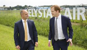 Hr Verhoeff en hr Pol van l n r op 6 juni 2016