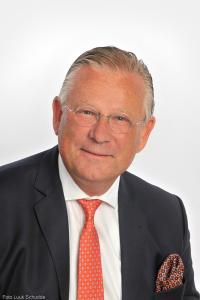 33 Pieter van Maaren burgemeester Urk